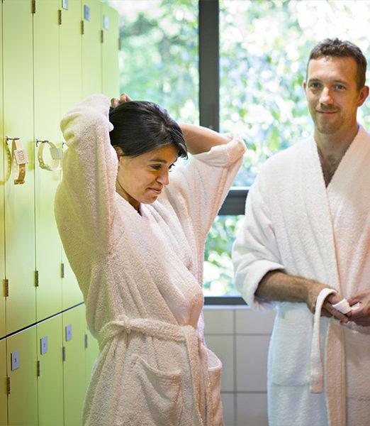 mini-cure-semaine-thermale-rhumatologie-a-chateauneuf-les-bains-avec-kinesitherapie-1
